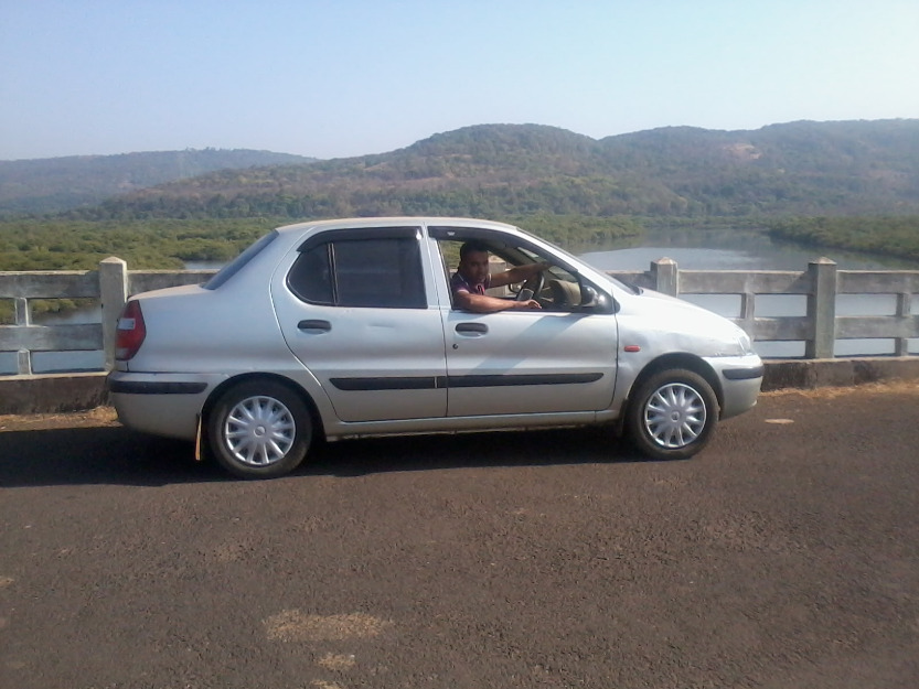 http://images02.olx.in/ui/17/73/52/1363500507_492667152_3-Well-condition-TATA-INDIGO-CAR-for-sell-only-200000-Cars.jpg